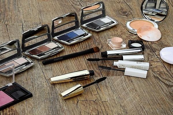 kosmetika, prodej, podvod, pochybná brigáda, studentská brigáda