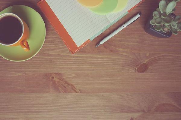 práce zdomu, efektivita, uspory.cz, energie, internet, světlo