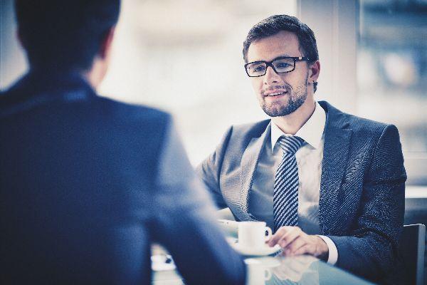 hledáná práce pohovor, zaměstnání